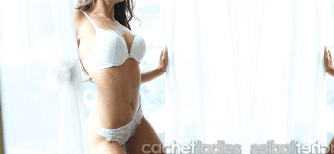 Karina a courtesan escort by Cachet Ladies
