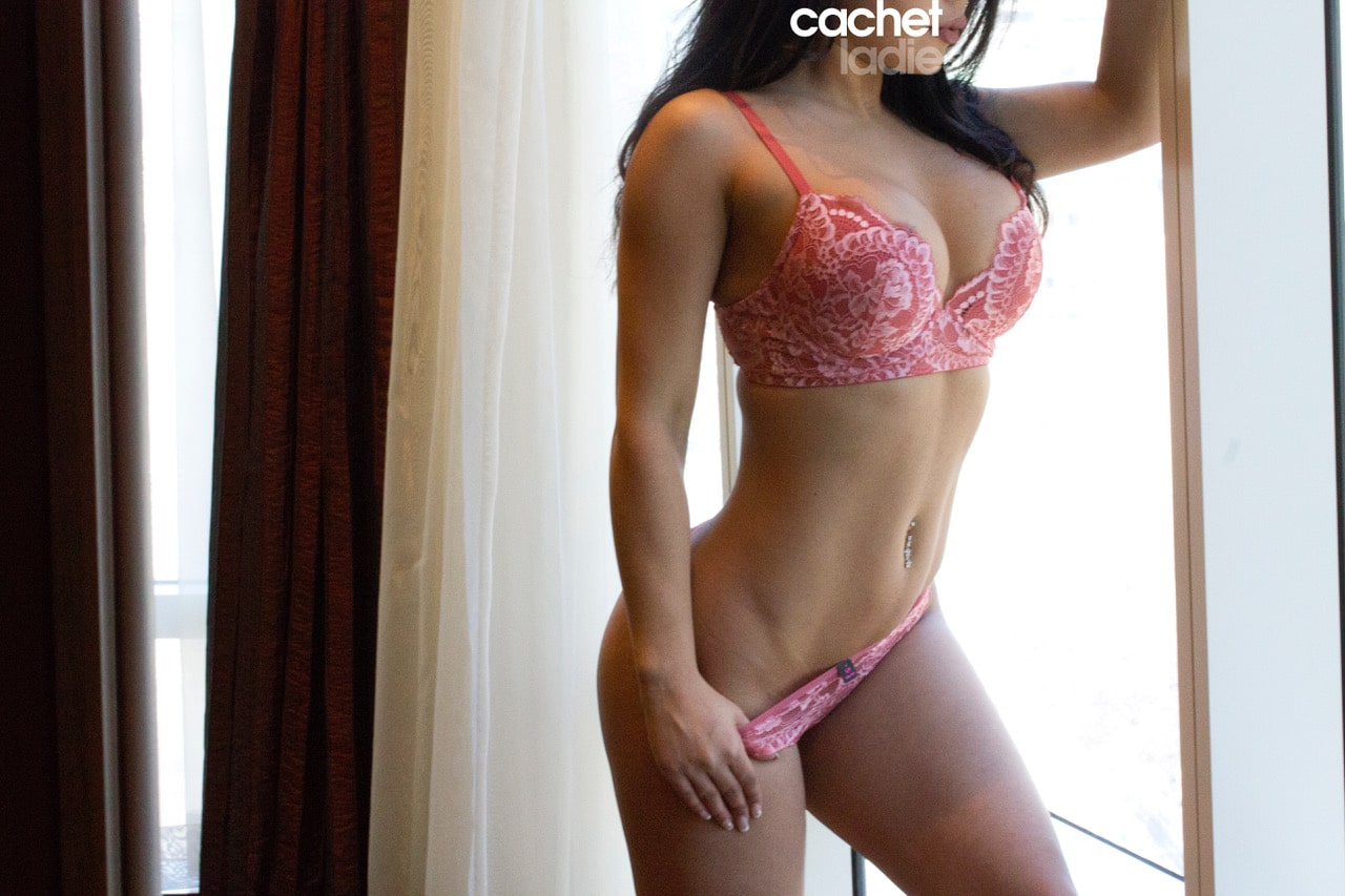 Layla a courtesan escort by Cachet Ladies