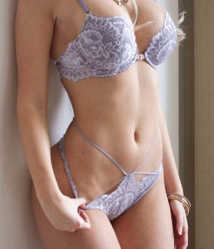 Toronto Escorts Amy