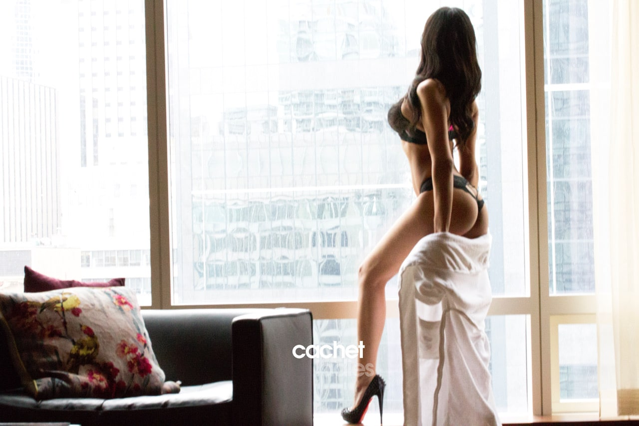 Dahlia a courtesan escort by Cachet Ladies
