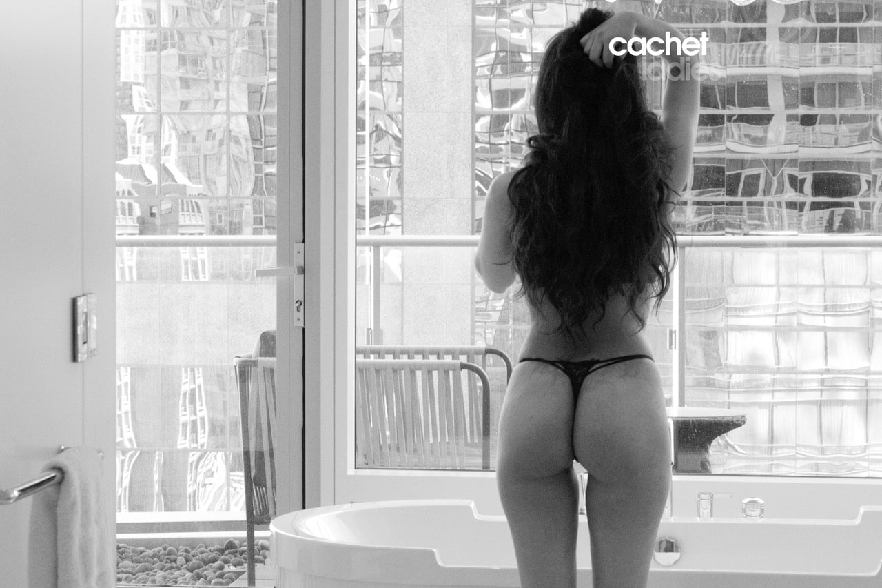 Yazmin a courtesan escort by Cachet Ladies