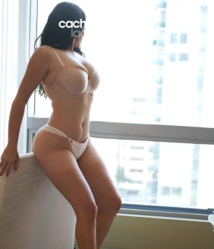 celina-courtesan-escorts-thumbnail