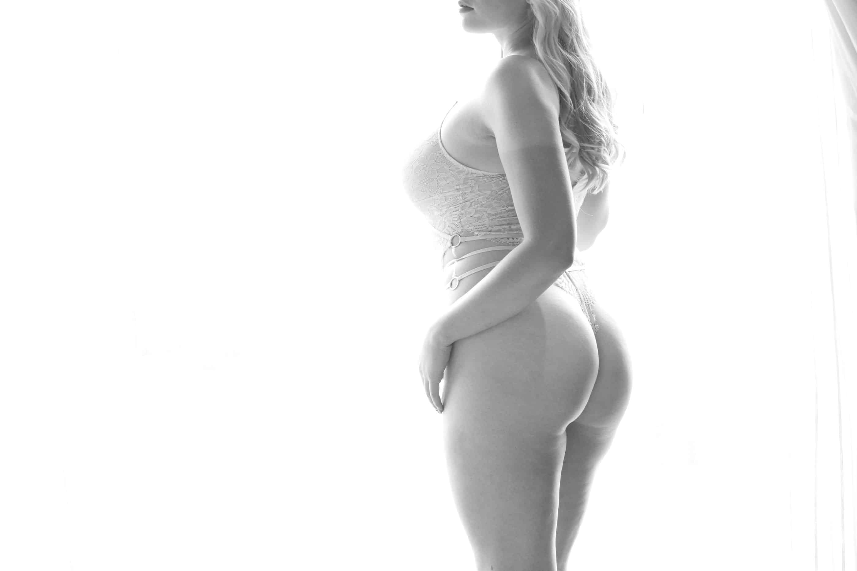 Lexy Escort Toronto Photo 4