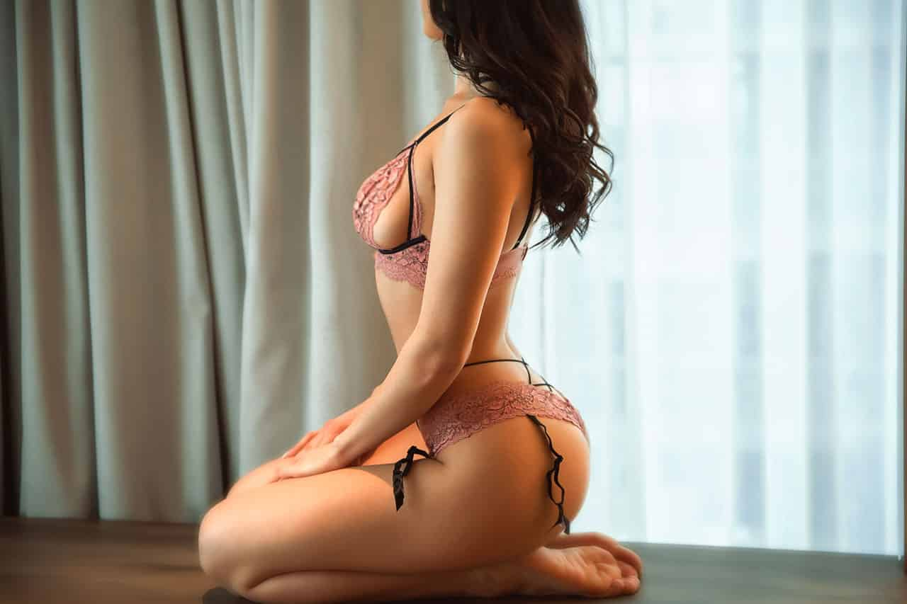 Mia oriental, south korean escort in manila